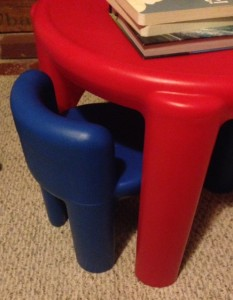 table-chairs-books