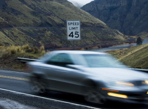 speeding_cars_by_quintonvm